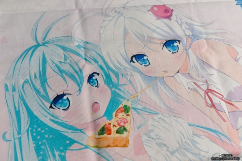 denpa-onna-cushion-storm-4